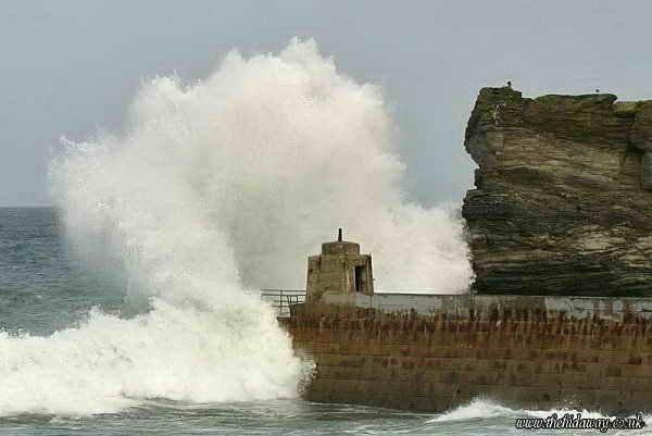 Волна в Корнуэле