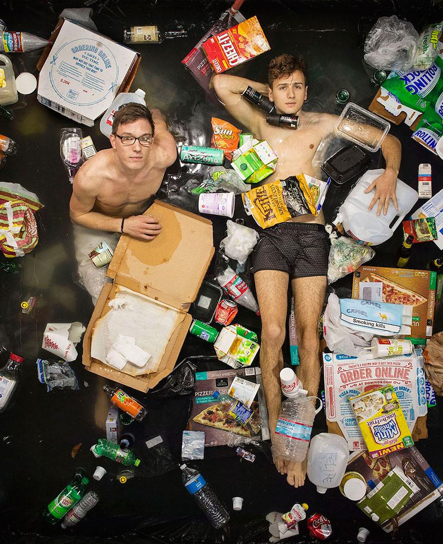 Люди и их мусор