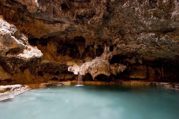Пещерное озеро