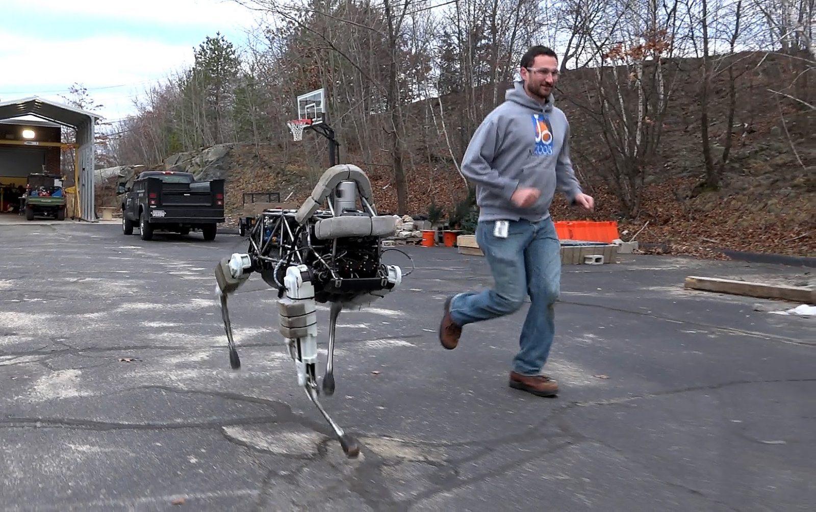 Чудеса бионики - 3: робо-собака