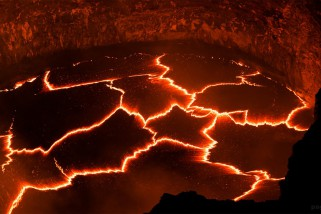 Красота извергающегося вулкана