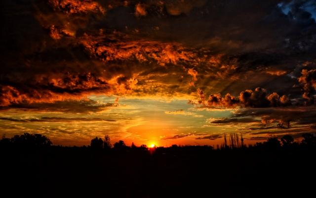 Закат на Земле